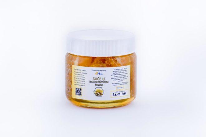 saće u bagremovom medu
